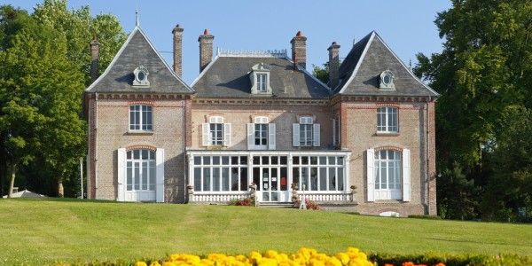 Mobile homes for sale domaine du drancourt france for Modular homes france